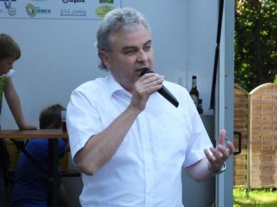 Bürgermeister Friedrich Völler besuchte das Fest der Begegnung des Generationenvereins.